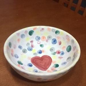 Mobilní malování na keramiku