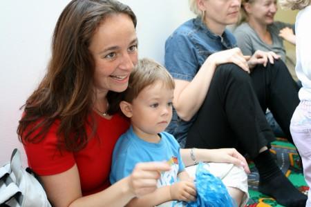První krůčky k hudbě - kurzy Yamaha pro rodiče s dětmi od 2,5 do 4,5 let