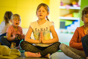 Hurá do školy - mindfulness workshop s jogou pro děti