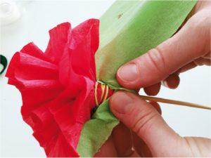 Růže z papíru - postup - 10